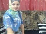 Marroquina se exibindo na cam em sexo amador pela webcam