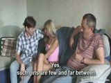 Namorado leva a novinha pra foder com o pai dele que come gostoso a putinha safada