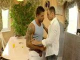 Video Gay Paulo e Adilson de Curitiba fodendo muito em sexo amador caseiro