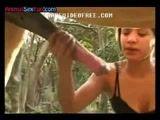 Zoofilia inacreditavel o que ela fez com a piroca deste cavalo no video porno amador
