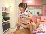 Novinha Japonesa sentando na piroca do tio neste video de Incesto Porno Brasileiro