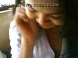 Claudinha Novinha caiu na net fazendo sua primeira boquete gostosa