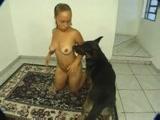 Zoofilia Marcela de Sapucai caiu na net transando forte com seu cachorro no porno nacional