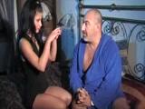 Pai Brasileiro fodendo sua filha gostosa neste video de sexo Incesto entre pais e filhos