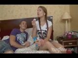 Incesto seduzindo a irmãzinha mais nova pra foder gostoso com ele no Video de Incesto entre irmãos