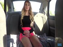 Fodendo com Motorista de Uber americana Gostosa cheia de tesão