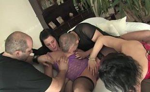 Colegas de trabalho janta com sexo e troca de casais
