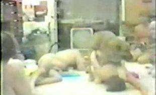 Video de zoofilia em família com casal e filha fodendo com cachorro dotado